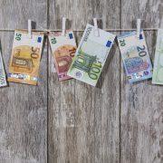 money 2991837 1920